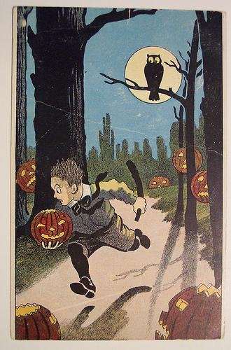 http://krl2pt0.files.wordpress.com/2007/10/vintage-halloween-card1.jpg